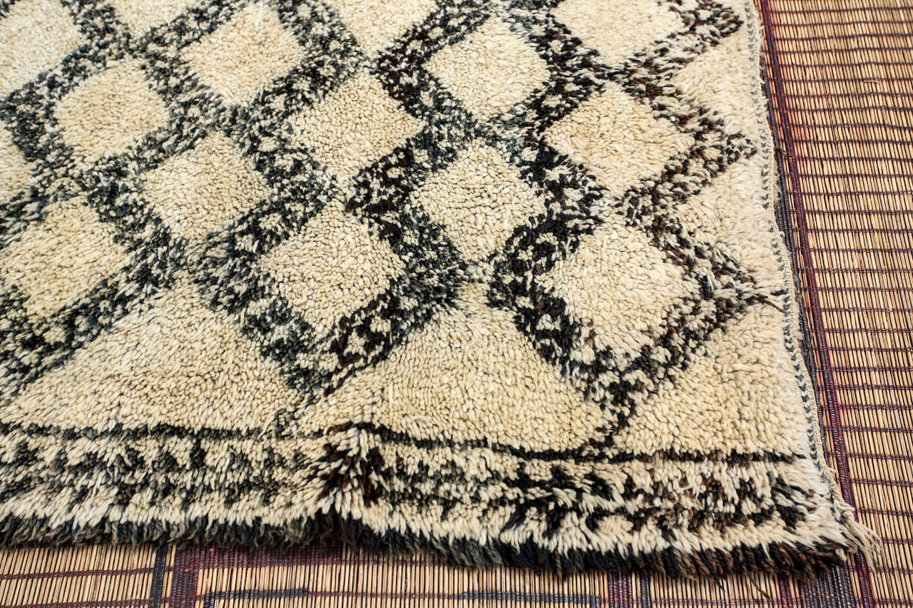 Tribal Beni Ouarain Shaggy Moroccan Rug North Africa For Sale