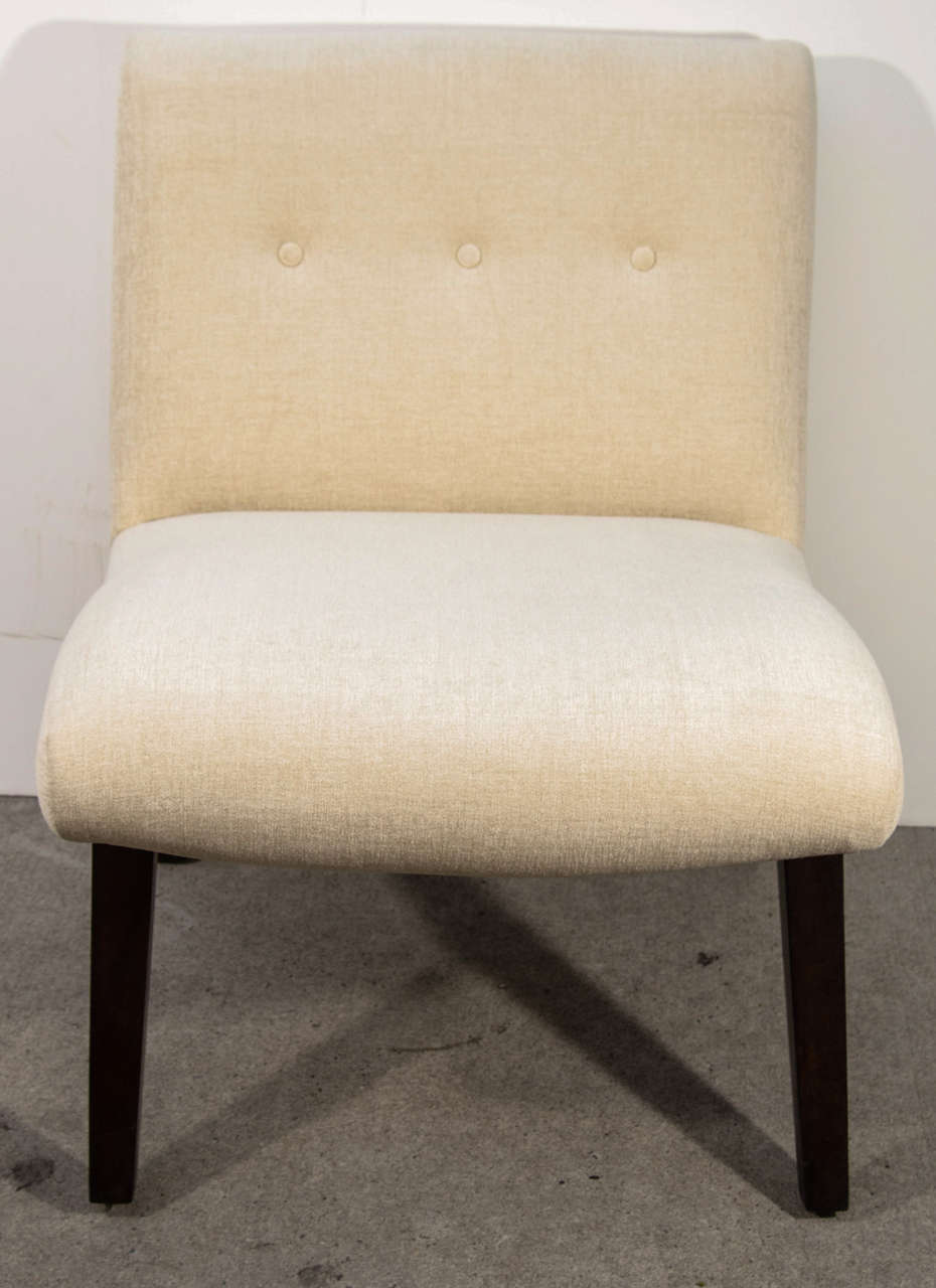 Mid-Century Modern Slipper Chair in the Style of Jens Risom In Excellent Condition For Sale In Stamford, CT