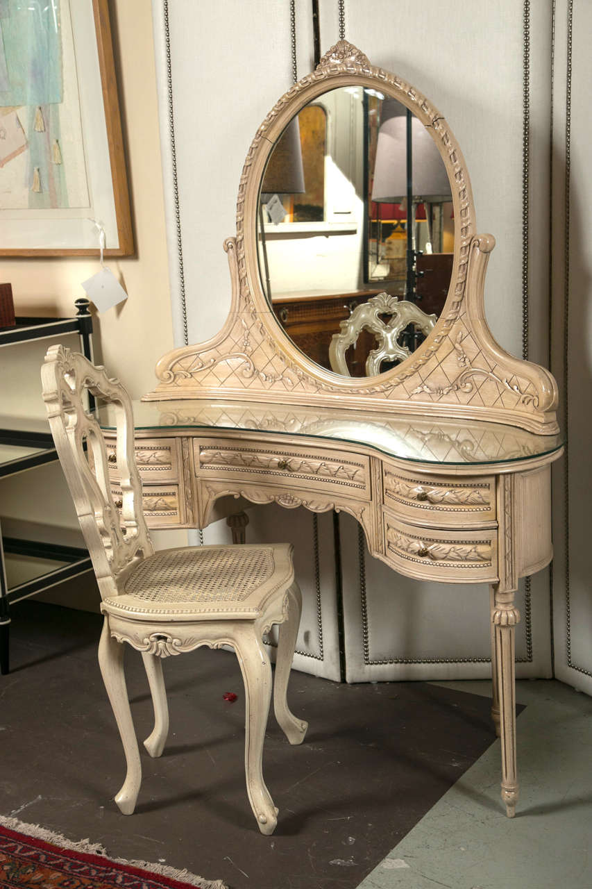 Swedish Painted Vanity Or Desk And Chair At 1stdibs