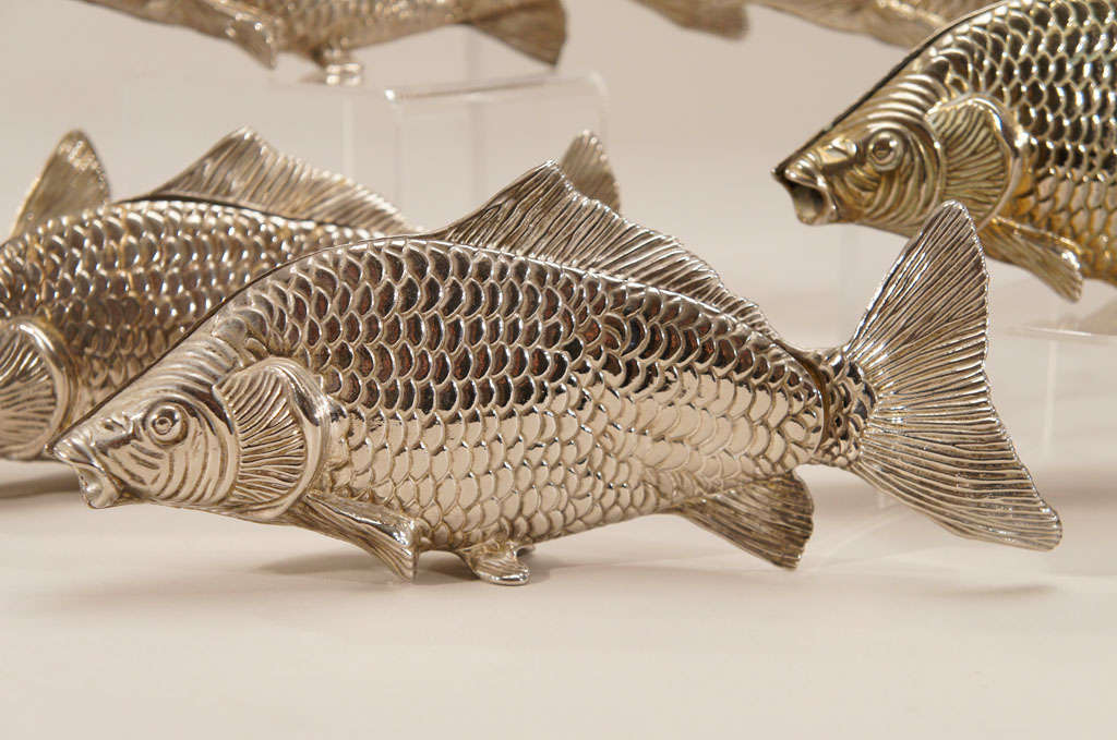 Mid-20th Century 12 Italian Figural SilverPlate Fish Menu Holders/Table Markers For Sale