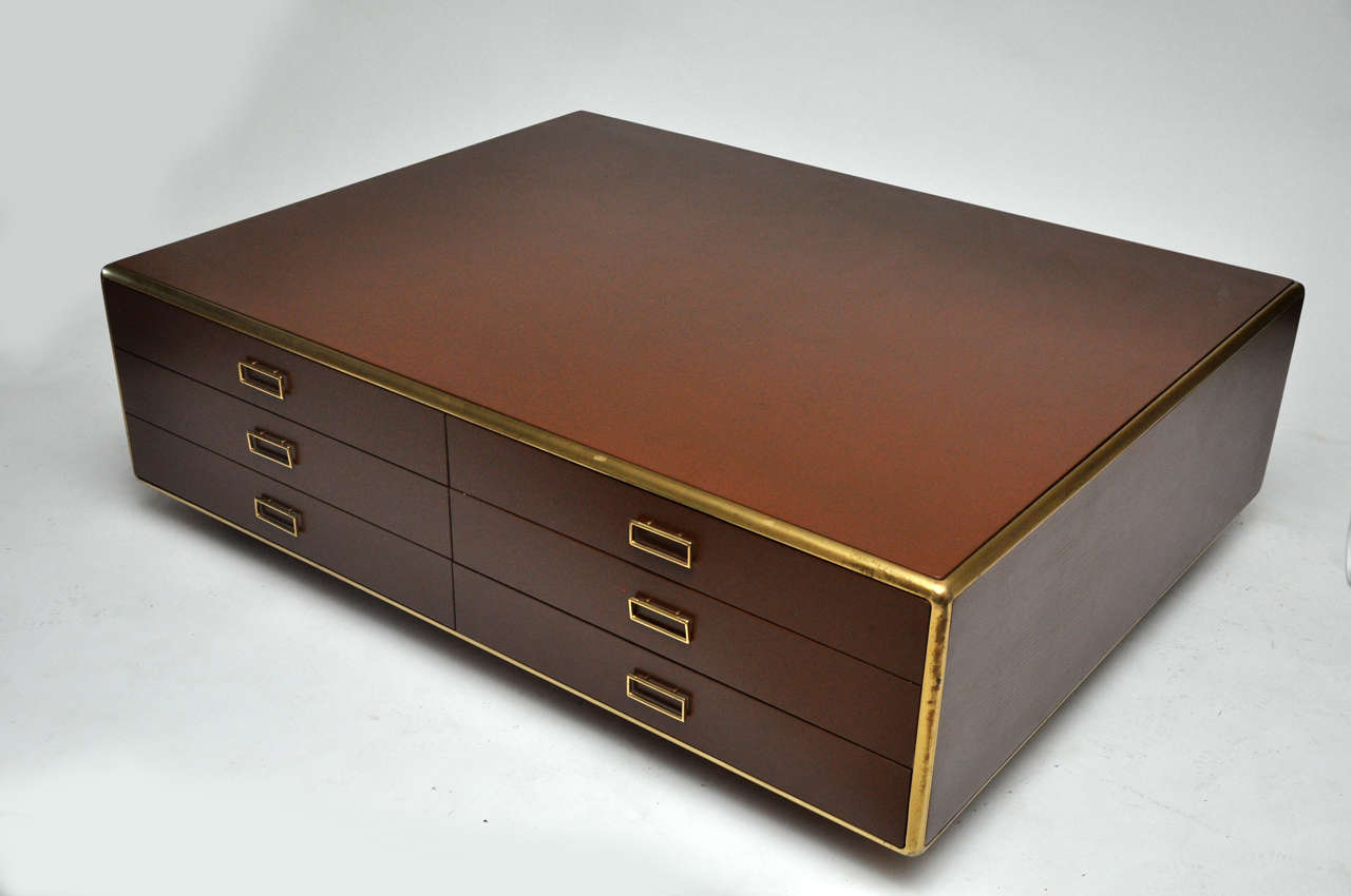 Large 2 sided 12 drawer italian coffee table at 1stdibs for Large coffee table with drawers