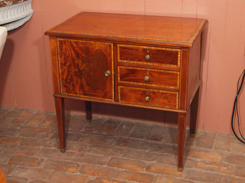 Small early 19th century colonial commode at 1stdibs - Commode style colonial ...