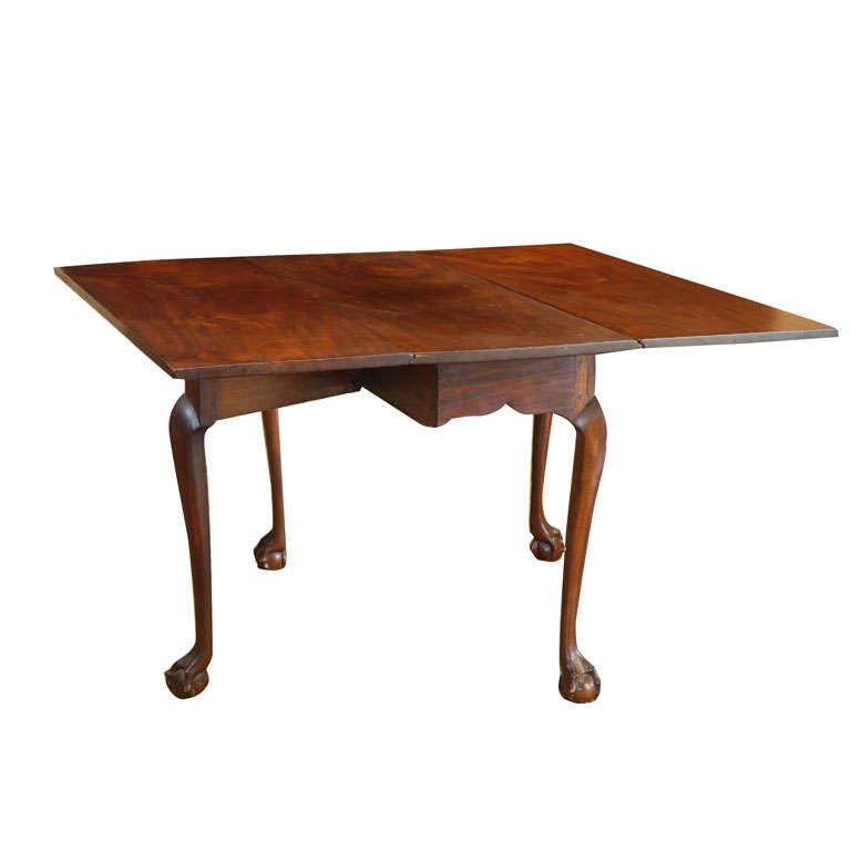 massachusetts chippendale 18th century mahogany drop leaf dining table at 1stdibs. Black Bedroom Furniture Sets. Home Design Ideas