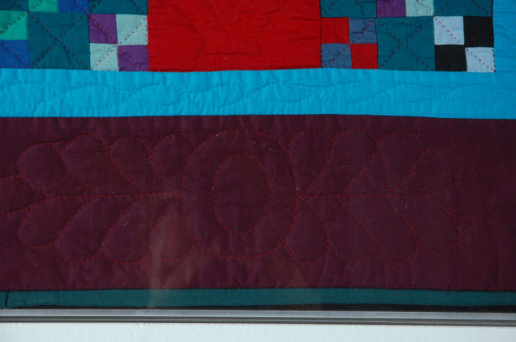 Rare 1940s Lancaster, Pa. Amish Postage Stamp Chain Doll Quilt In Good Condition For Sale In Los Angeles, CA