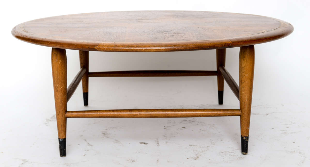 Lane Round Dove Tail Coffee Table at 1stdibs