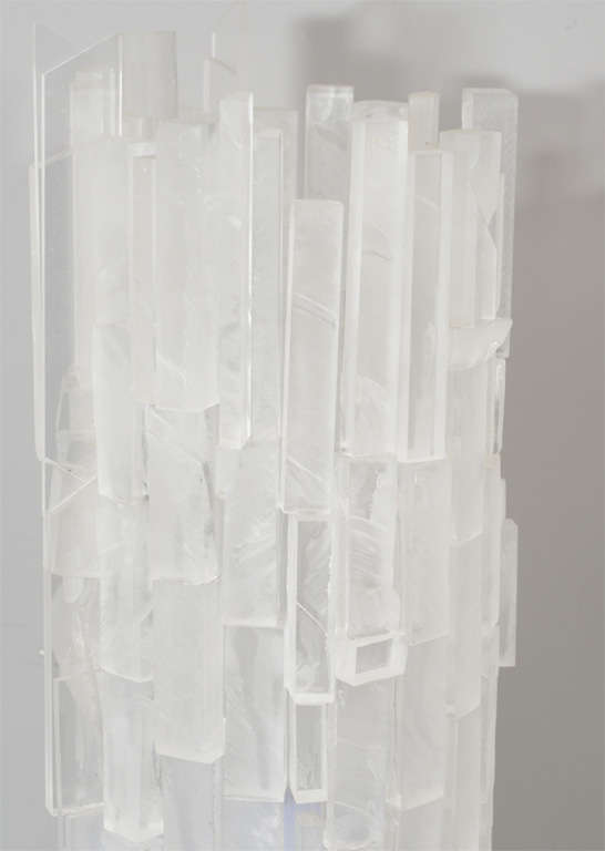 Modern Pair of Frosted Acrylic Cylinder Table Lamps For Sale