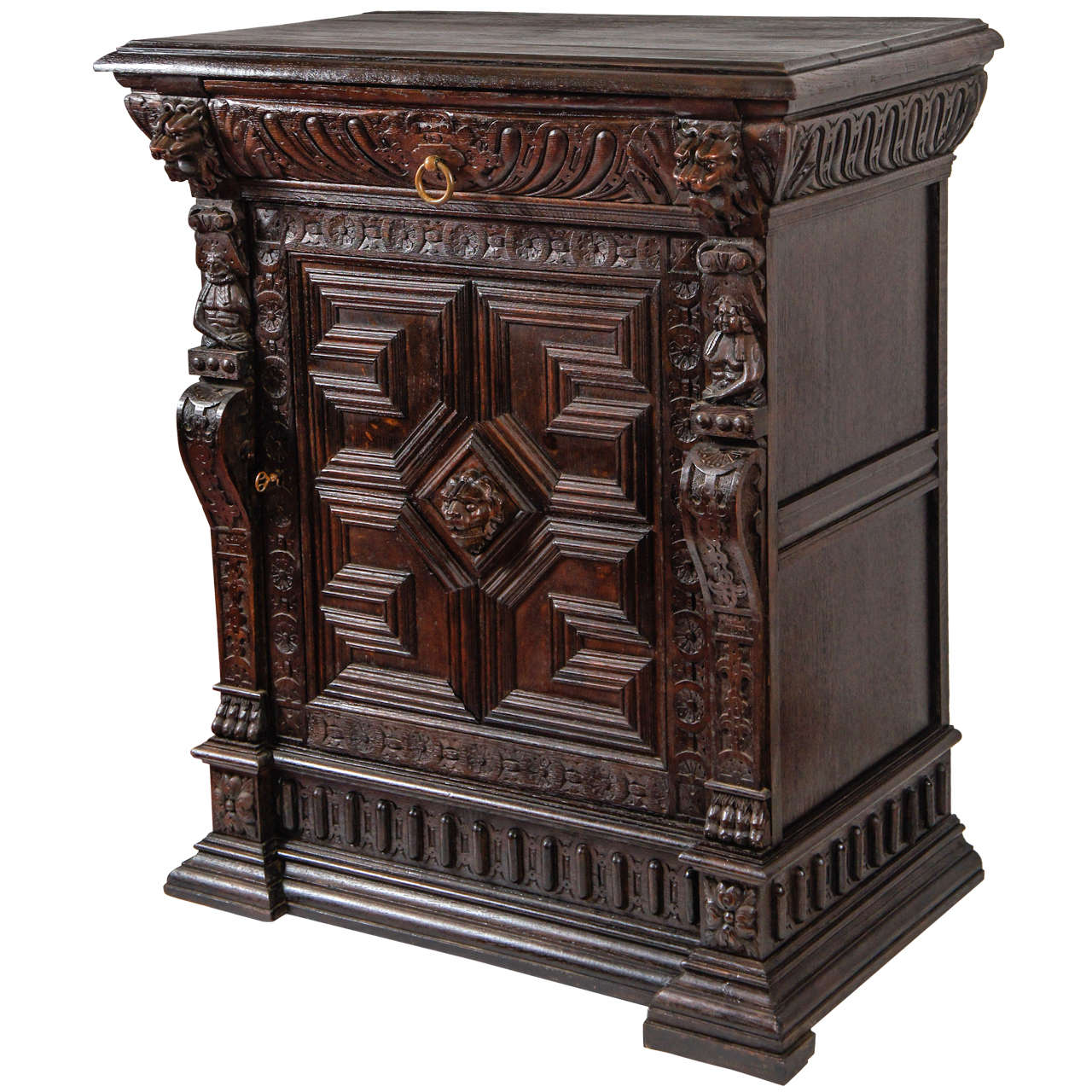 Antique Hand-Carved Oak Cabinet For Sale - Antique Hand-Carved Oak Cabinet For Sale At 1stdibs