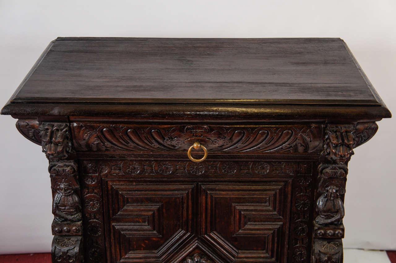 Antique Hand-Carved Oak Cabinet 3 - Antique Hand-Carved Oak Cabinet For Sale At 1stdibs