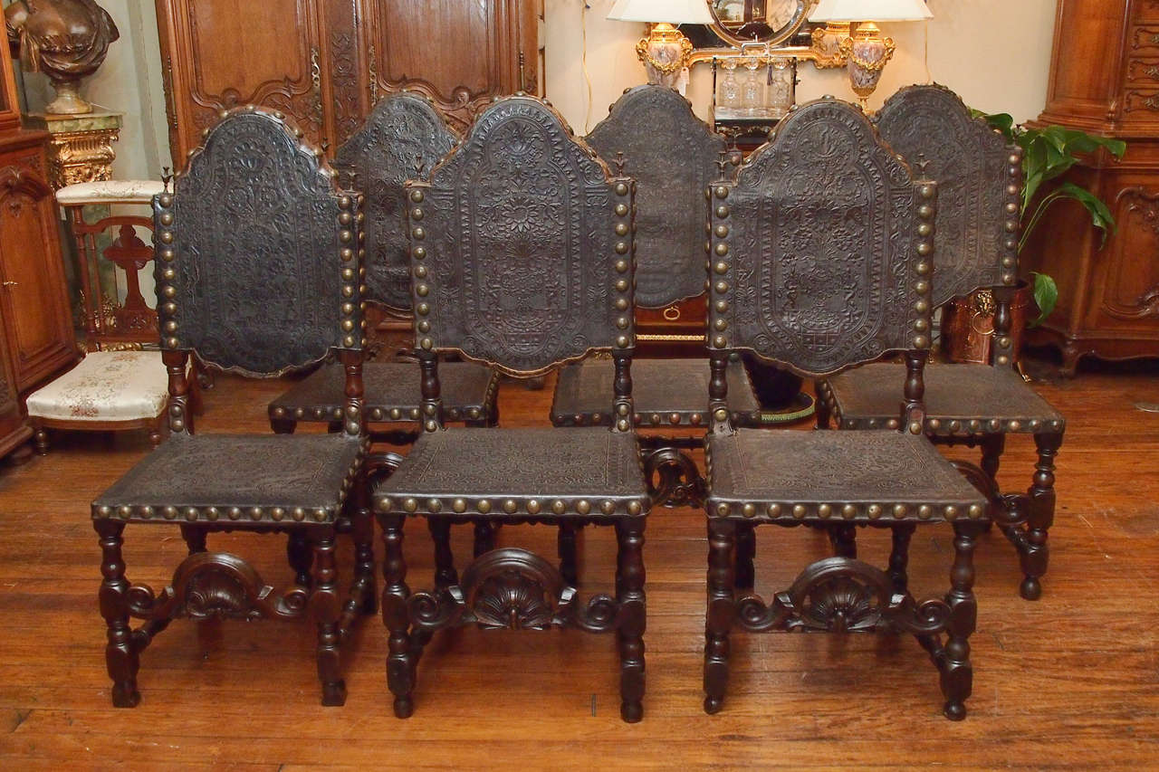 French Set of 12 Antique Gothic Style Oak and Leather Dining Chairs For Sale & Set of 12 Antique Gothic Style Oak and Leather Dining Chairs at 1stdibs
