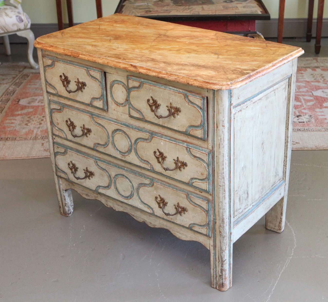 18th century painted petite commode from the doheny estate at 1stdibs. Black Bedroom Furniture Sets. Home Design Ideas