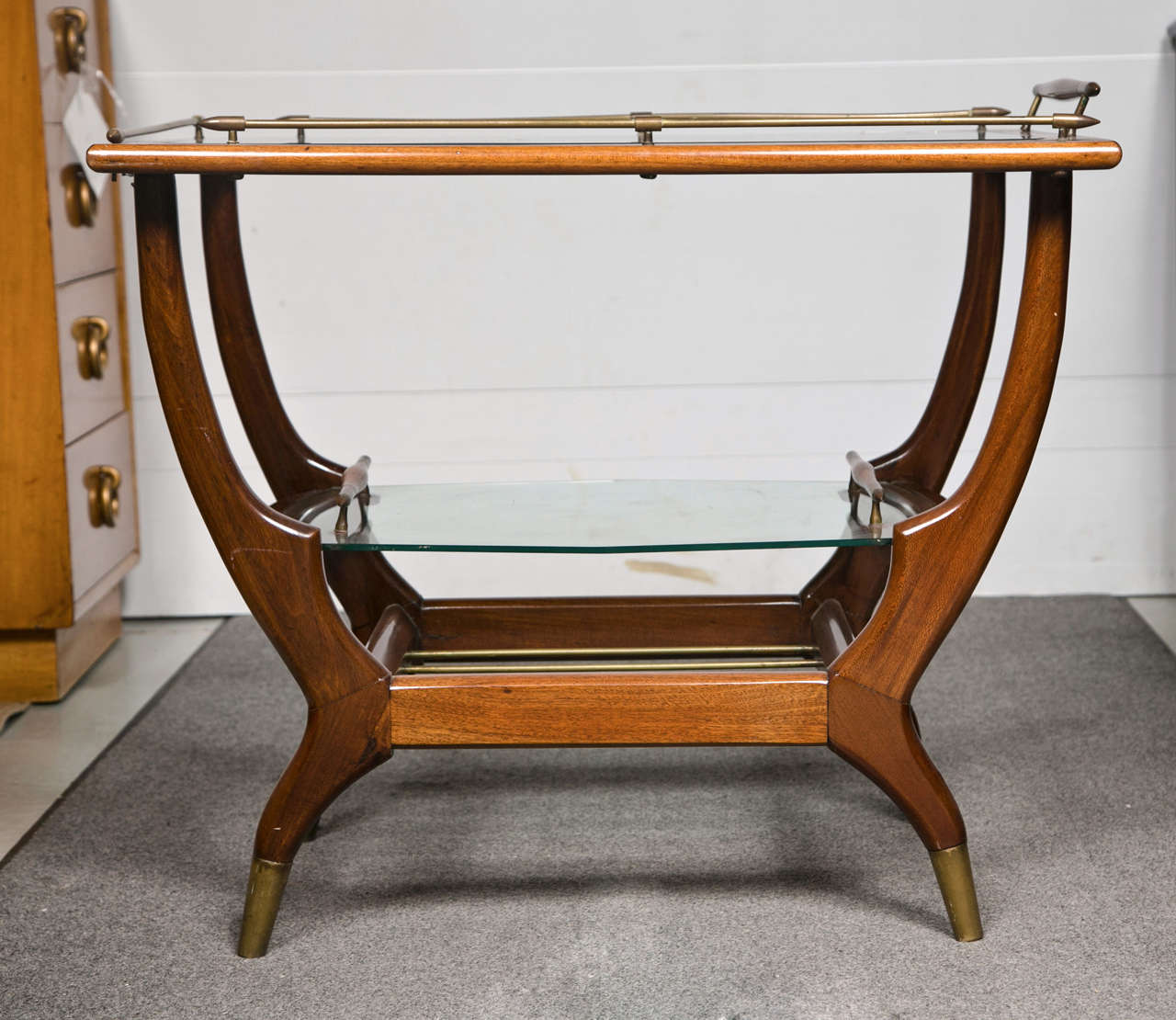 mid century modern teak bar cart at 1stdibs. Black Bedroom Furniture Sets. Home Design Ideas