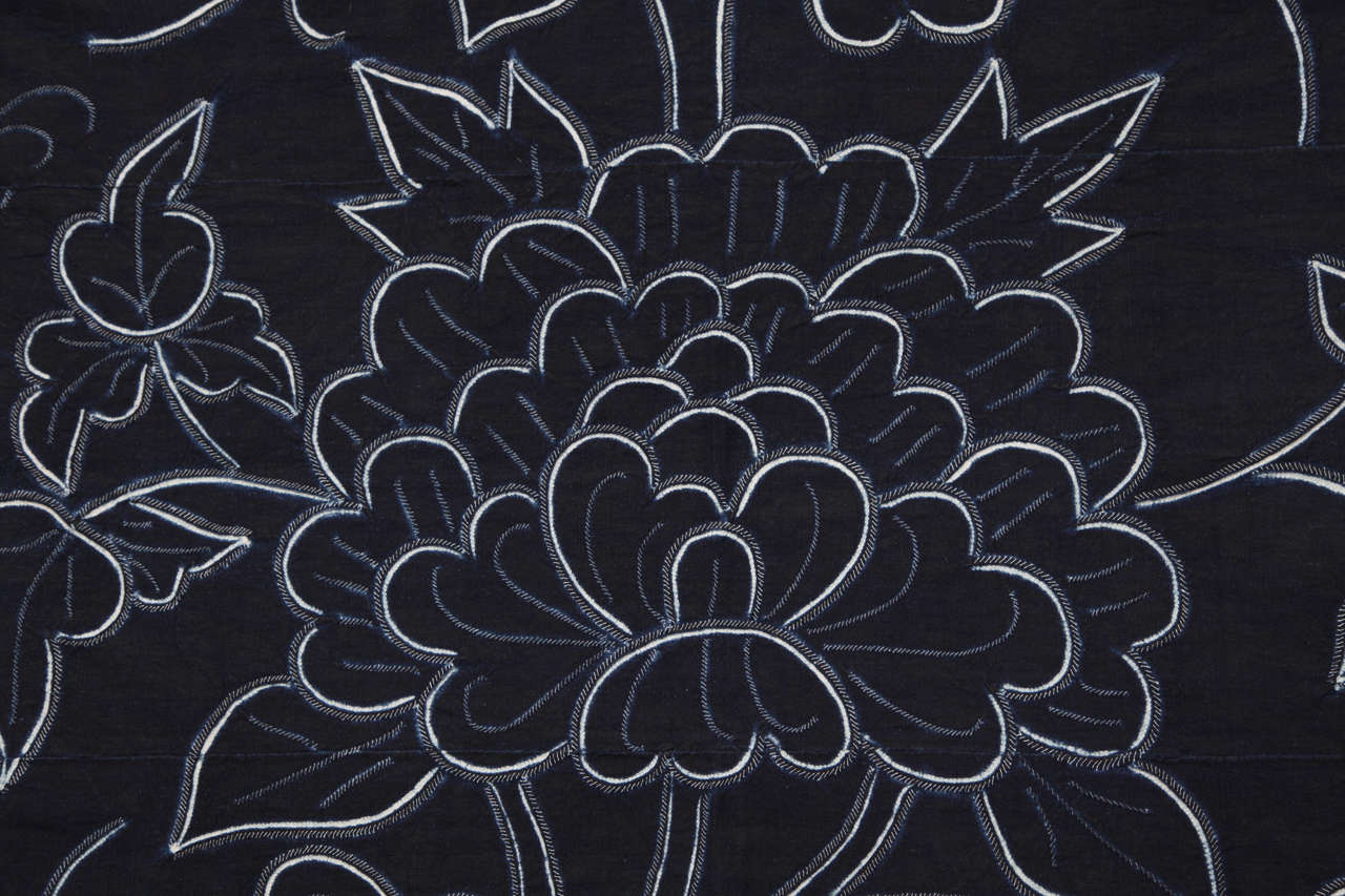 Indigo Textile with Decorative Flowers by Chinese Bouyei People, circa 1980 For Sale 3