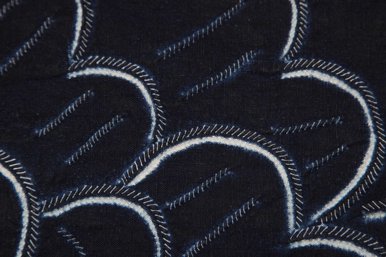 Indigo Textile with Decorative Flowers by Chinese Bouyei People, circa 1980 For Sale 4