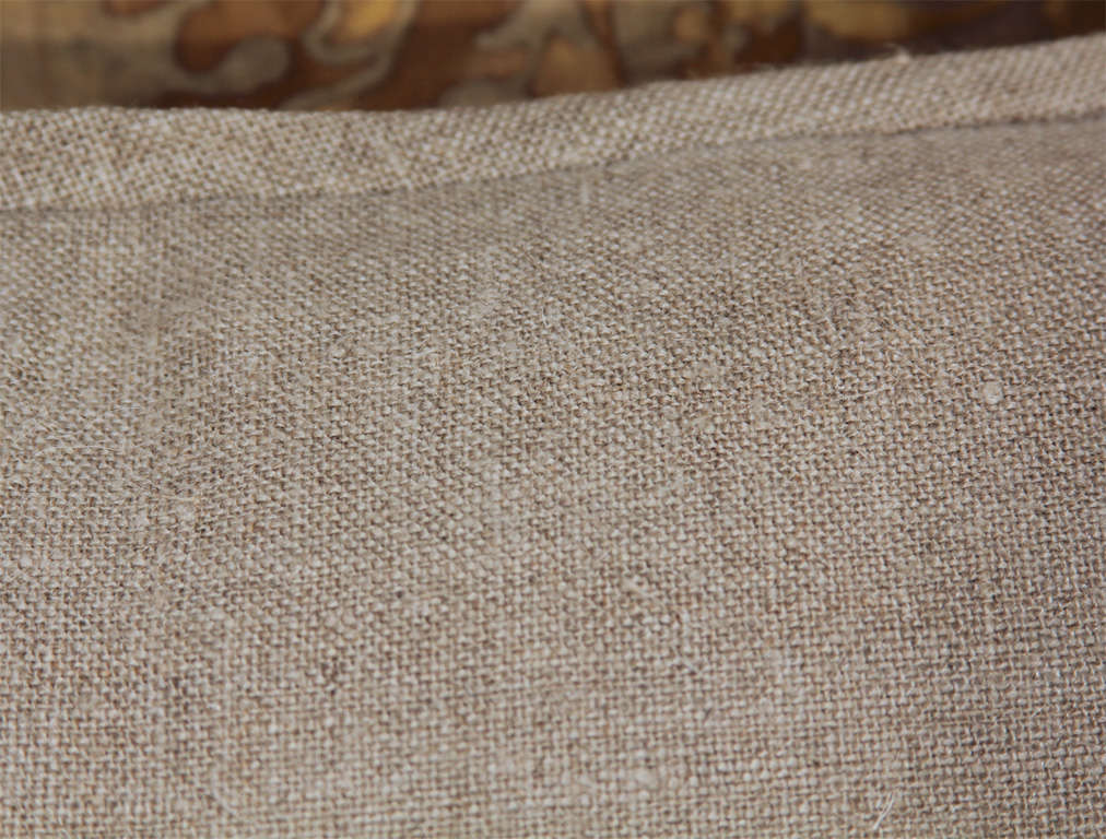 fortuny and linen pillows 6