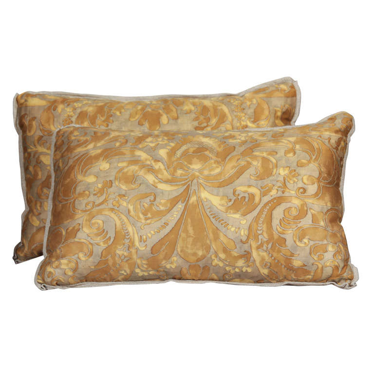 fortuny and linen pillows
