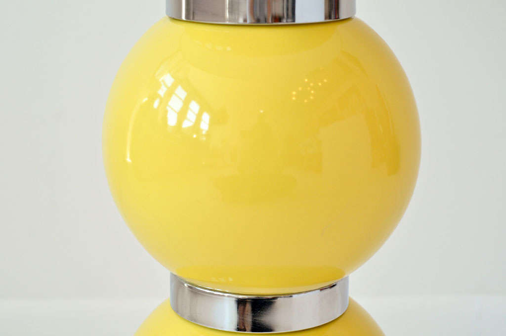 Pair of Yellow Ball Lamps 3