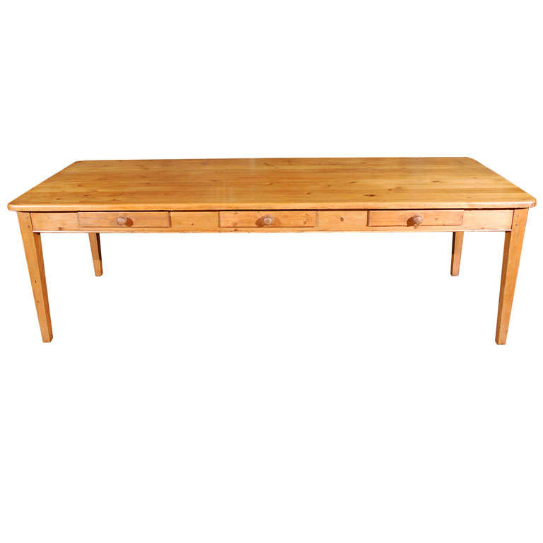 Large Antique Pine Table with Drawers at 1stdibs : x from www.1stdibs.com size 768 x 768 jpeg 21kB