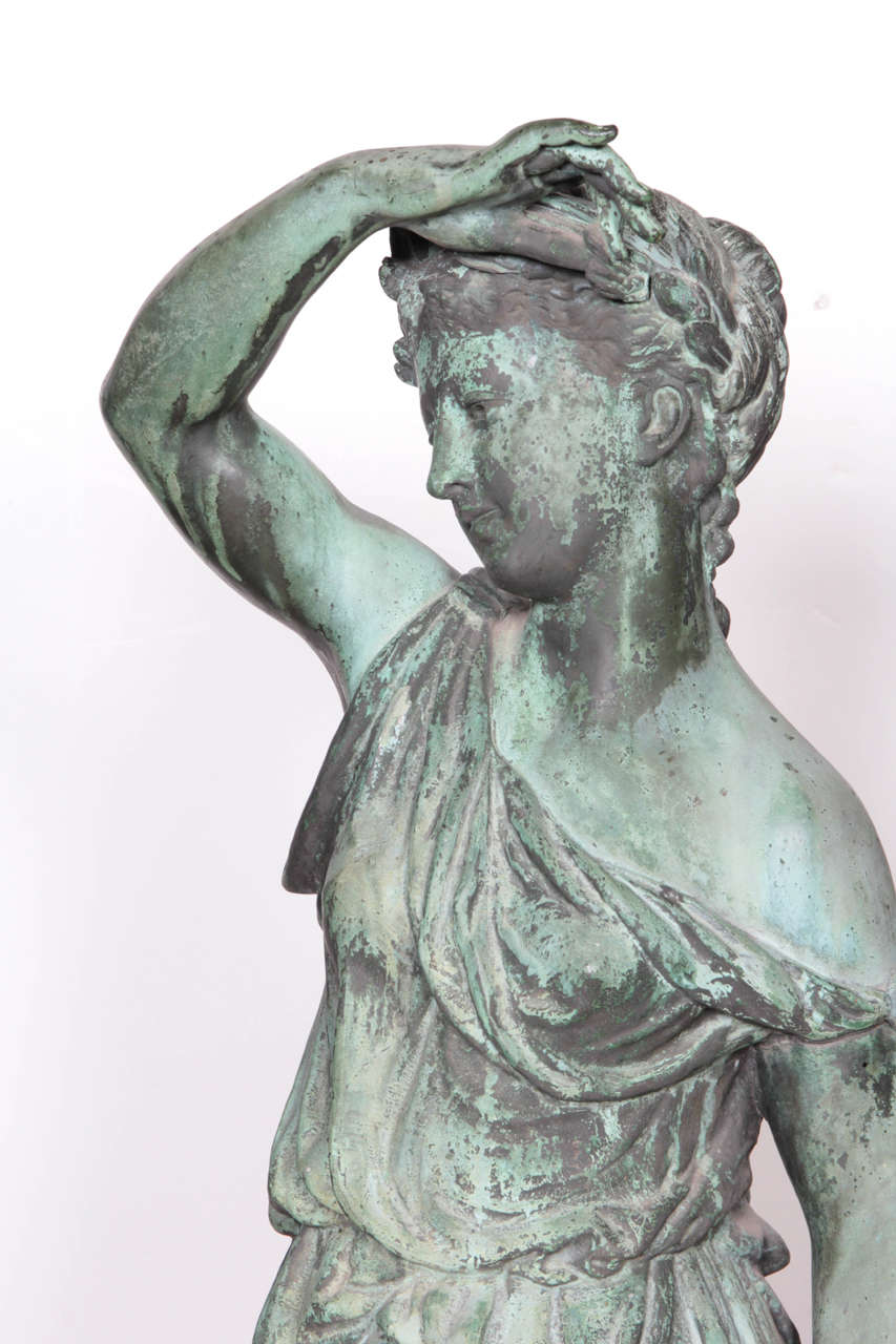 Bronze Figure of a Woman and Child Representing Spring In Excellent Condition For Sale In New York, NY