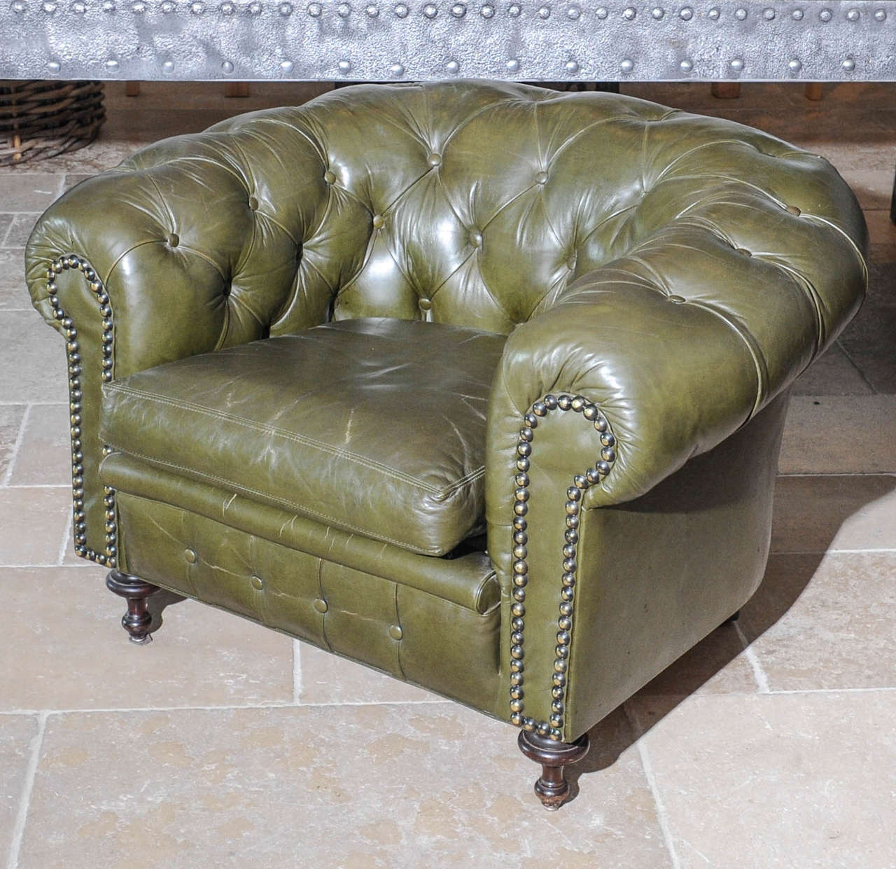 Delicieux Pair Of Mid 20th Century Green Leather Upholstered Chesterfield Club Chairs  For Sale 5