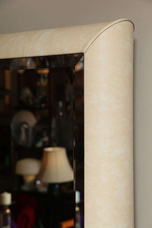 Springer Style Mirror Console in Faux Lizard In Good Condition For Sale In Miami, FL