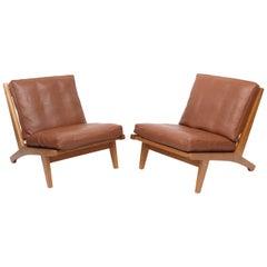 Pair of Hans Wegner GE-375 Lounge Chairs