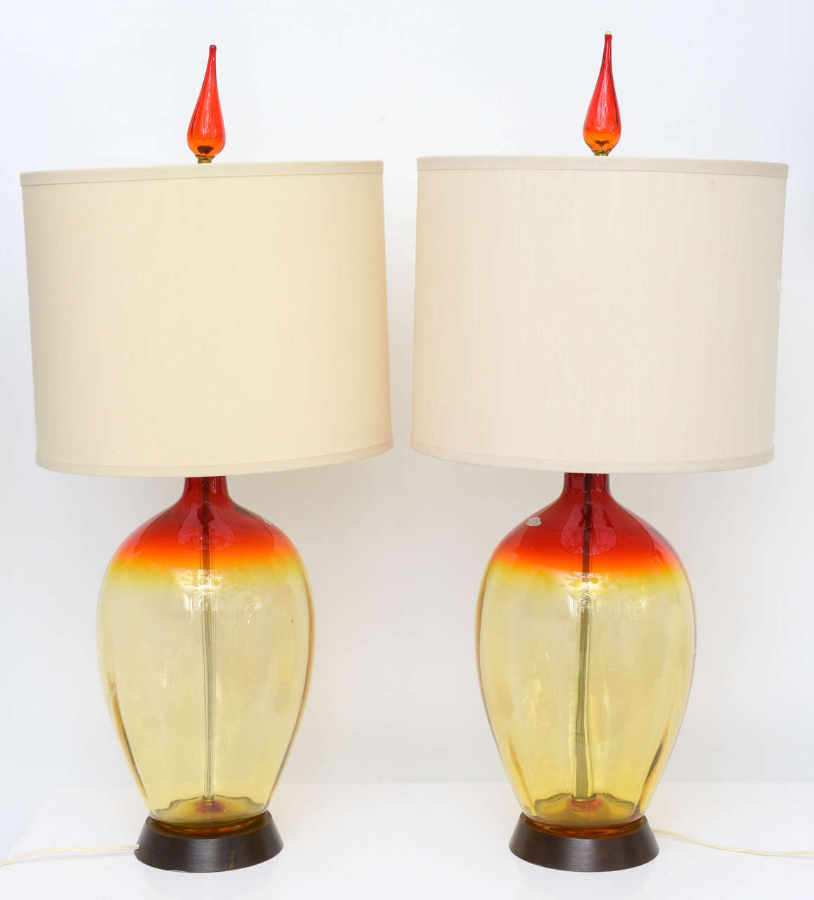 Modern glass table lamp - Pair Of Vintage Tangerine Blenko Lamps