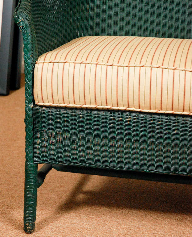 Country 3pc Suite of Wicker Furniture For Sale