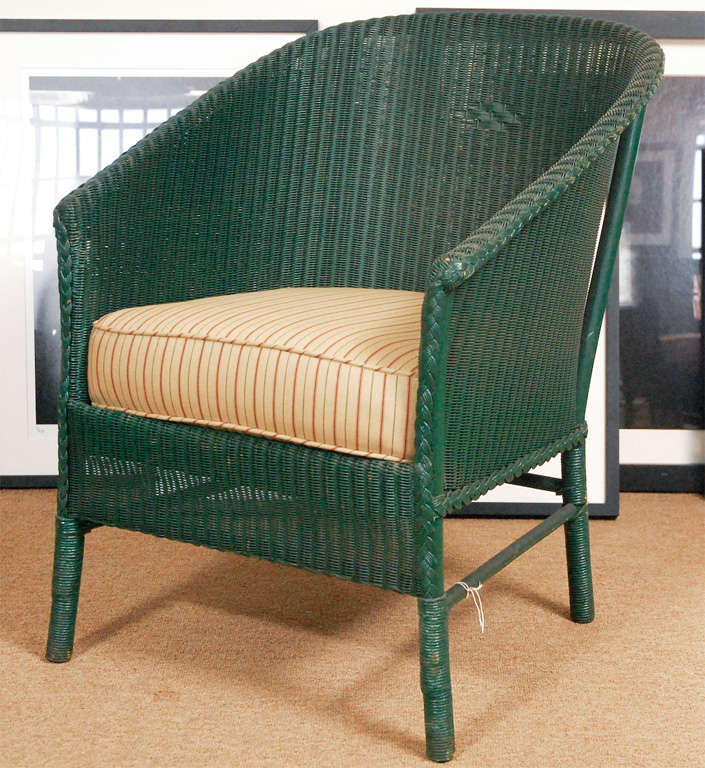 3pc Suite of Wicker Furniture In Good Condition For Sale In Culver City, CA