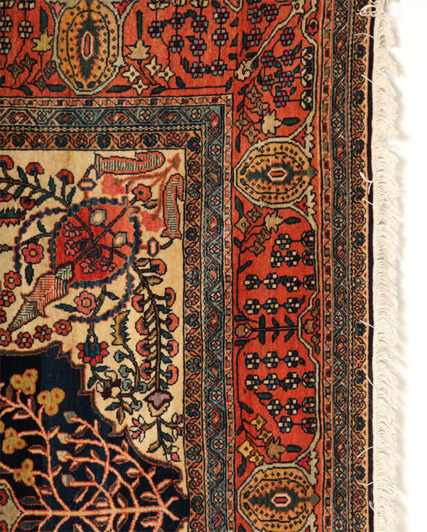 Hand-Knotted Persian Sarouk Fereghan Carpet with Wool Pile and Vegetal Dyes, circa 1880 For Sale
