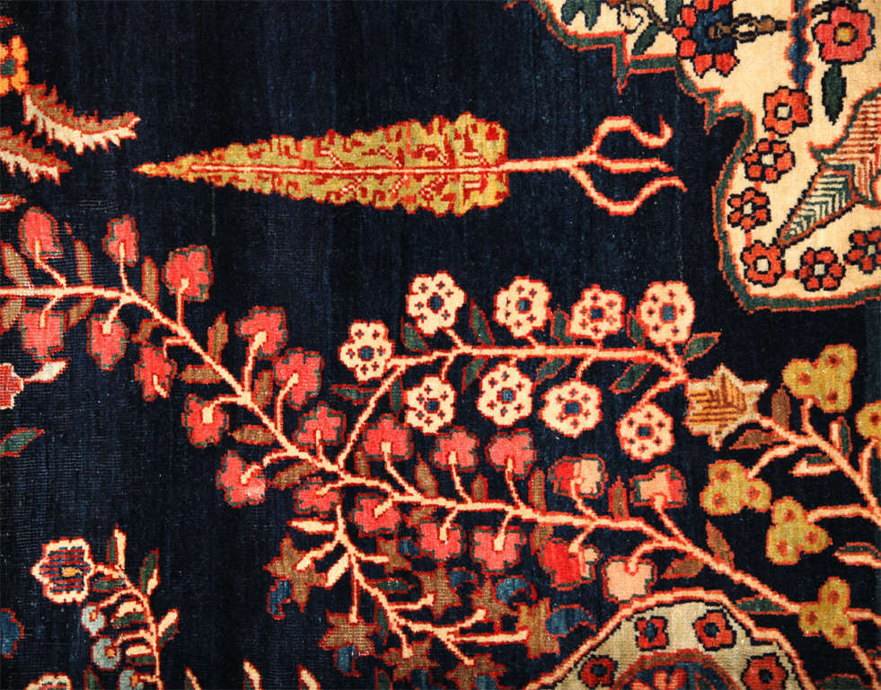 19th Century Persian Sarouk Fereghan Carpet with Wool Pile and Vegetal Dyes, circa 1880 For Sale