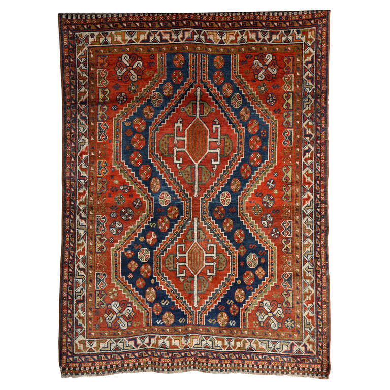 Persian Qashqai Carpet in Pure Wool and Organic Vegetable Dyes, circa 1900 For Sale