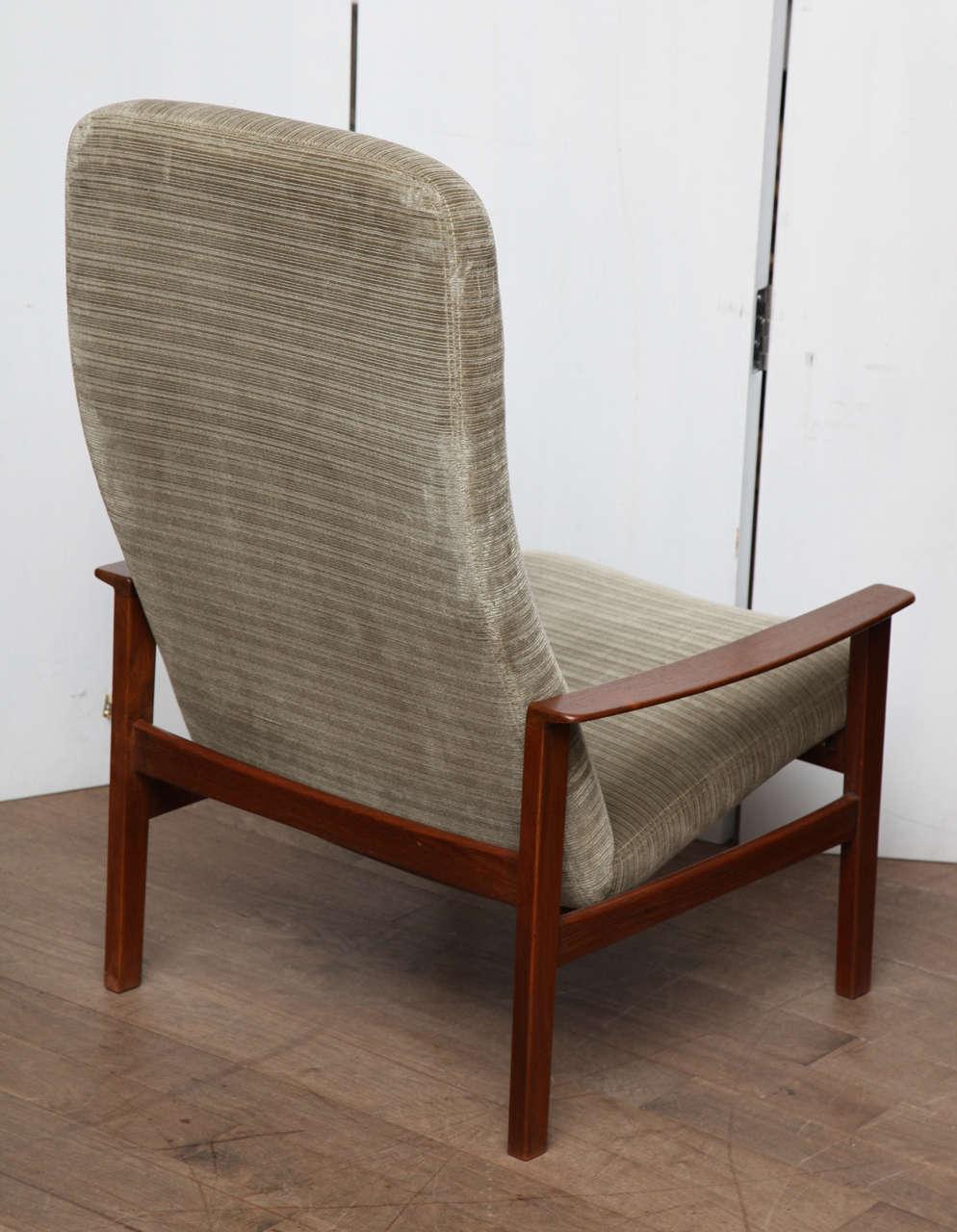 Danish Lounge Chair at 1stdibs