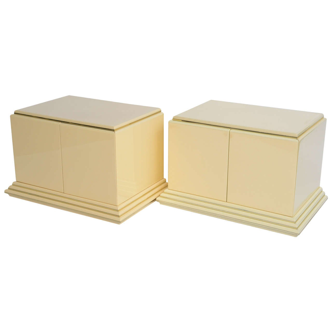 Pair of Rougier Streamline Moderne Style Cream Lacquer Bedside Tables For Sale