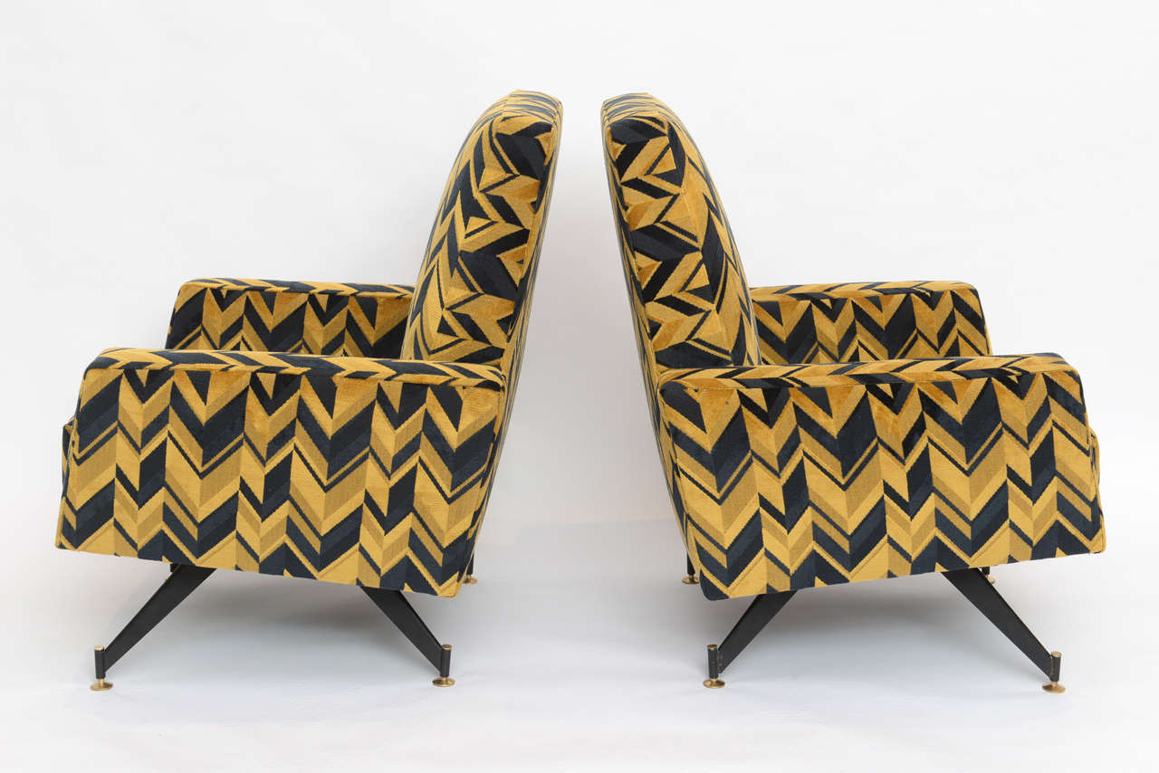 Brass Original Pair of Chic Lounge Chairs by Osvaldo Borsani For Sale