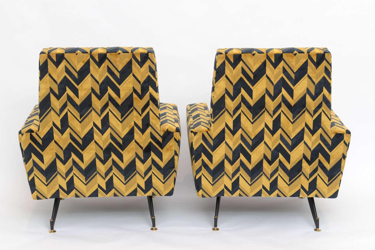 Original Pair of Chic Lounge Chairs by Osvaldo Borsani For Sale 2