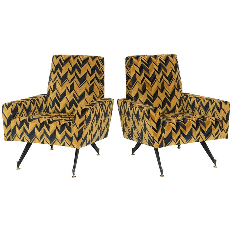 Original Pair of Chic Lounge Chairs by Osvaldo Borsani For Sale