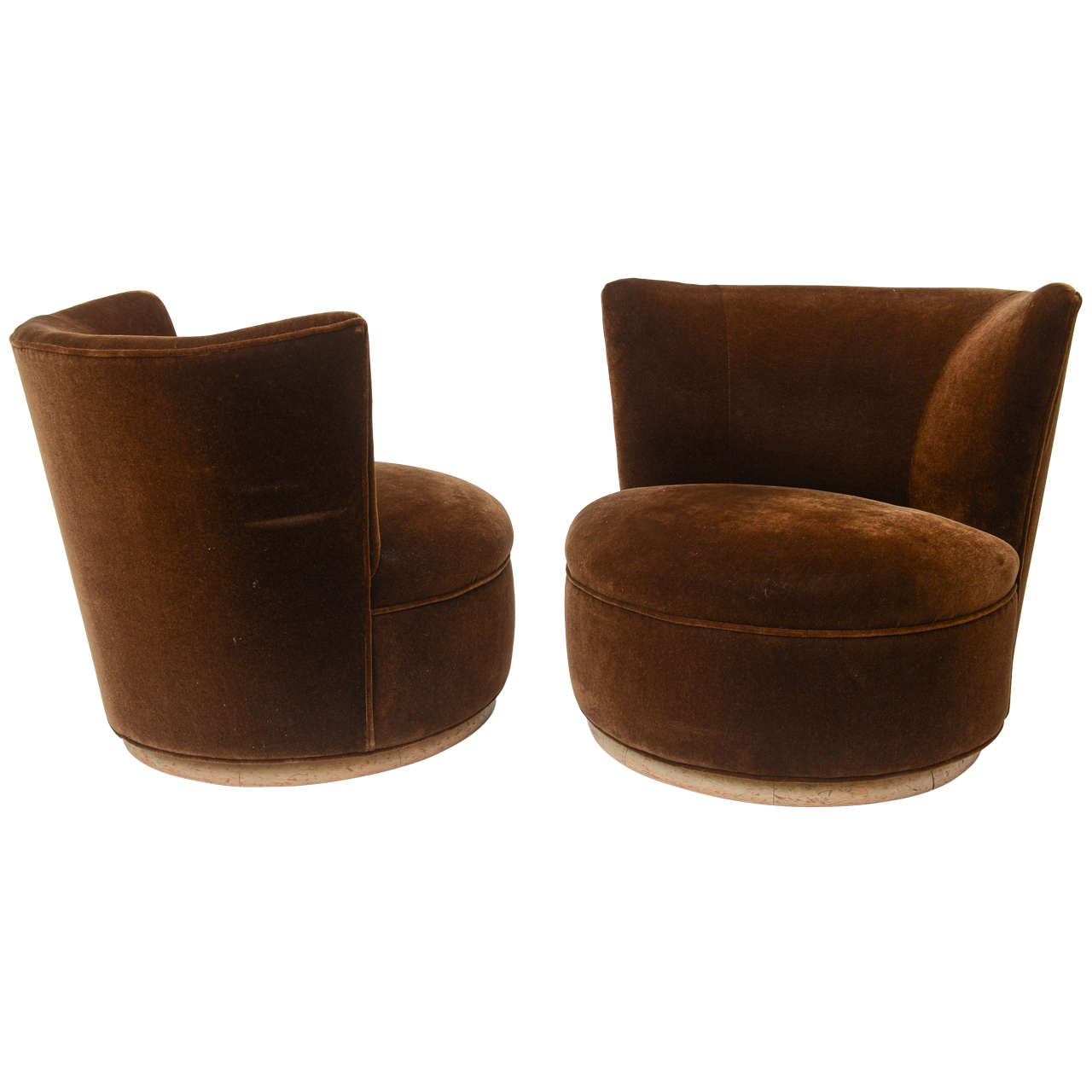 Swivel Lounge Chairs at 1stdibs