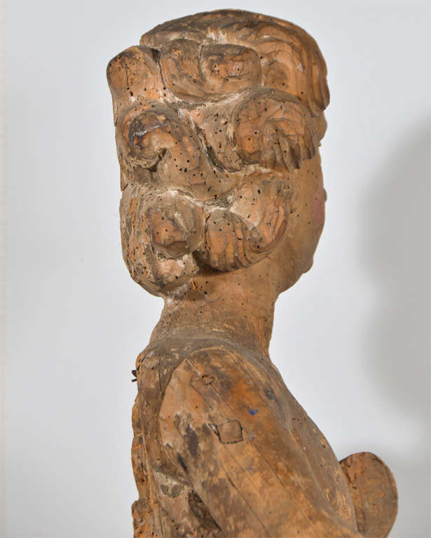 18th Century Carved Wooden Angel For Sale 1