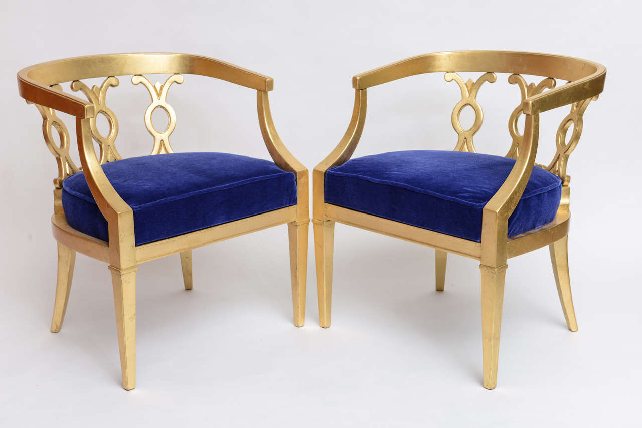 Etonnant Pair Of Vintage Dorothy Draper Attribution Hollywood Regency Chairs