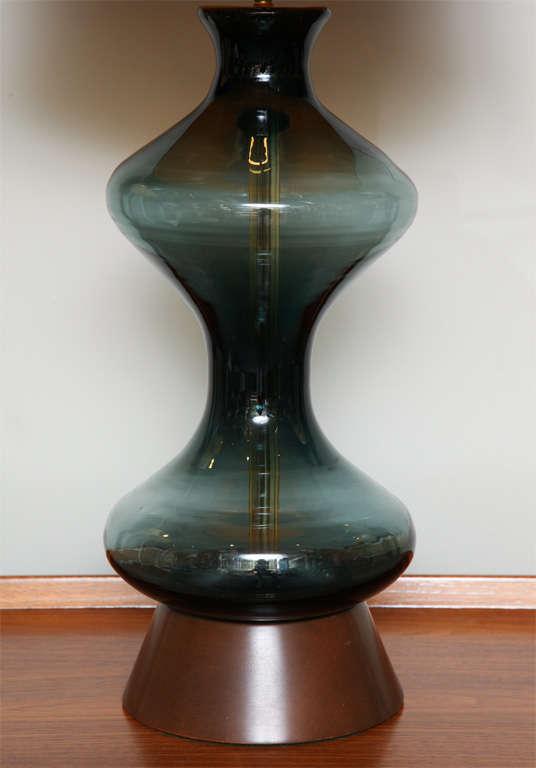 Mid-Century Modern Sensous 1950s Blenko Blown Glass Table Lamp For Sale