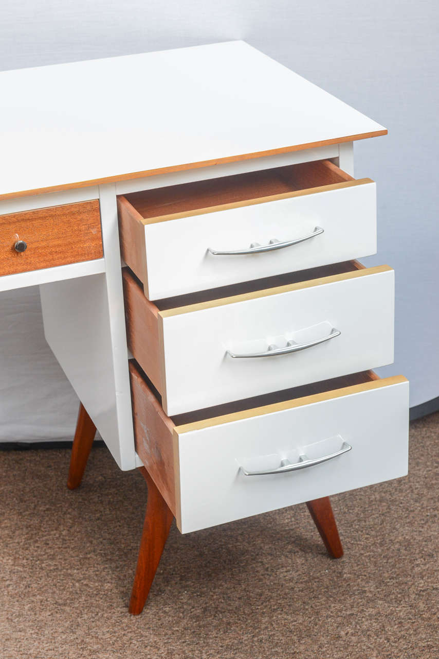 Scandinavian Modern Mid-Century Teak and White Lacquered Desk by R-Way For Sale