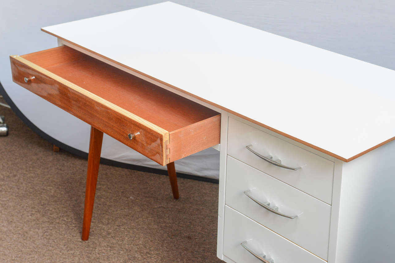 American Mid-Century Teak and White Lacquered Desk by R-Way For Sale