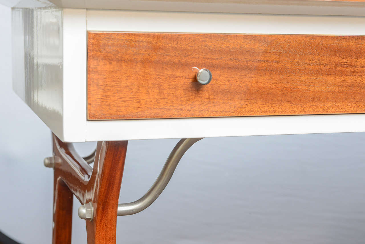 Mid-Century Teak and White Lacquered Desk by R-Way For Sale 1