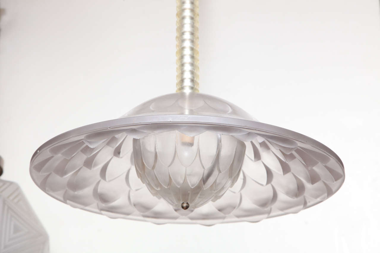 "Art Deco R. Lalique ""Verone"" Chandelier For Sale"