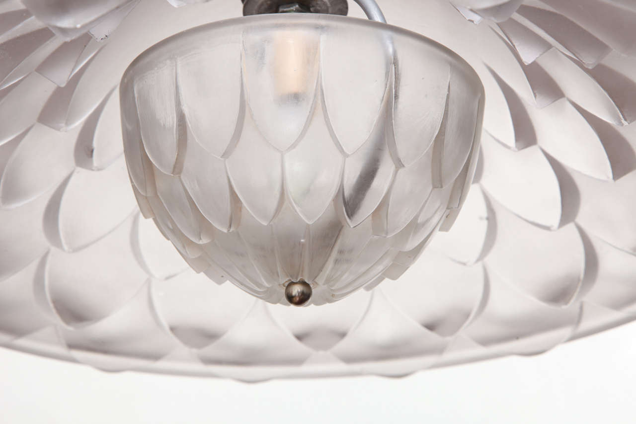 """R. Lalique """"Verone"""" Chandelier In Good Condition For Sale In Long Island City, NY"""