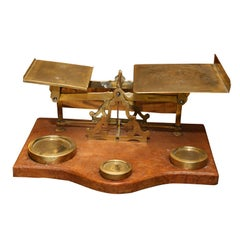 English postal scale with original weights