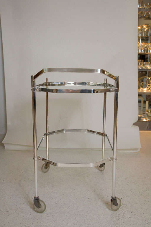 Silver Plate and Glass Drinks Trolley For Sale 3
