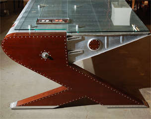 'Airplane' Desk image 4
