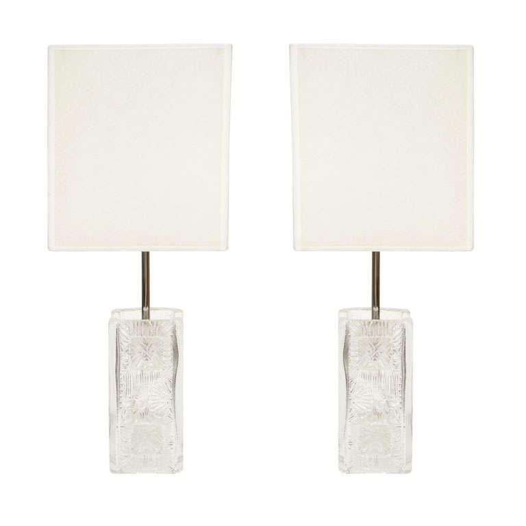 pair of crystal block lamps by pukeberg at 1stdibs. Black Bedroom Furniture Sets. Home Design Ideas