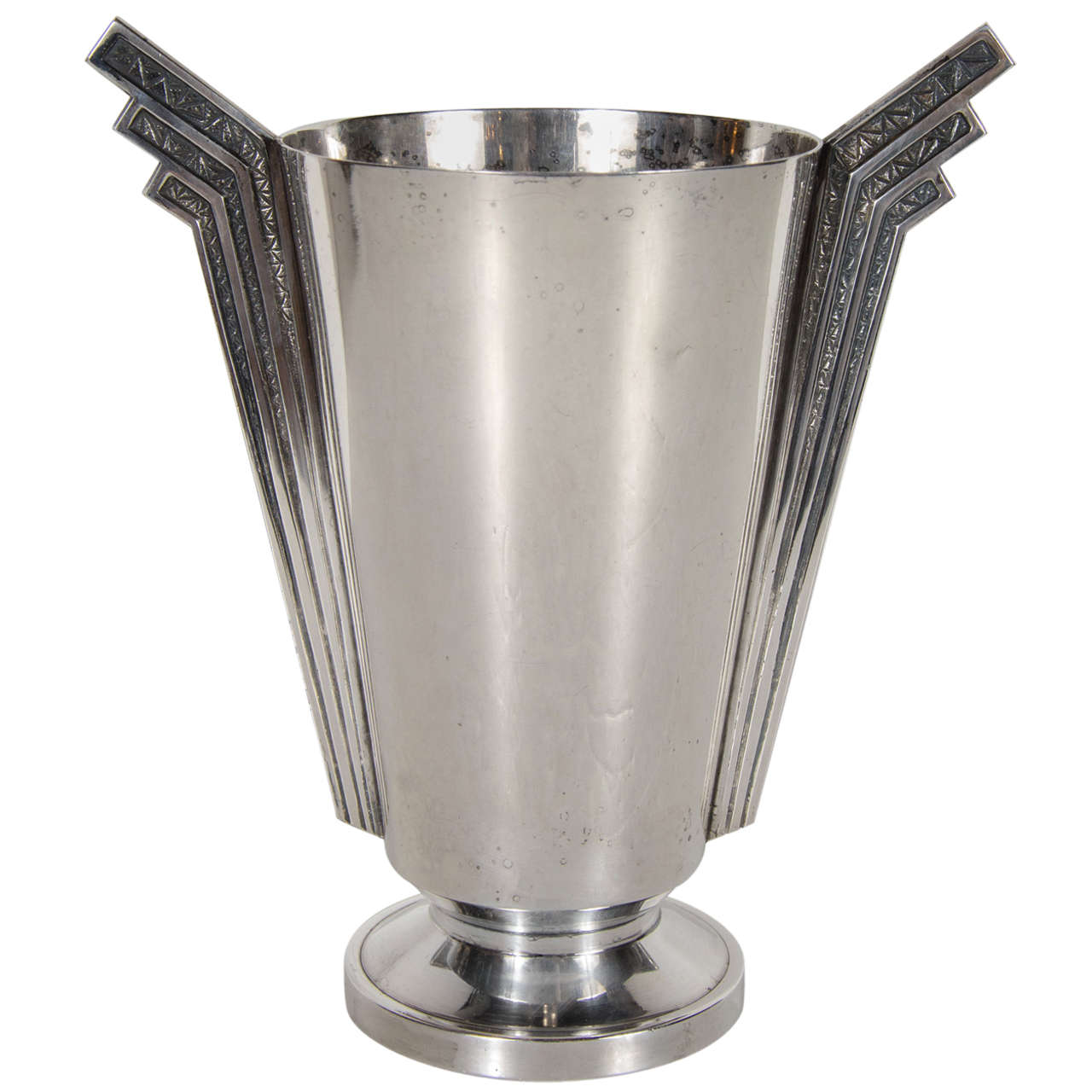 stunning art deco skyscraper style silver plate vase at 1stdibs. Black Bedroom Furniture Sets. Home Design Ideas